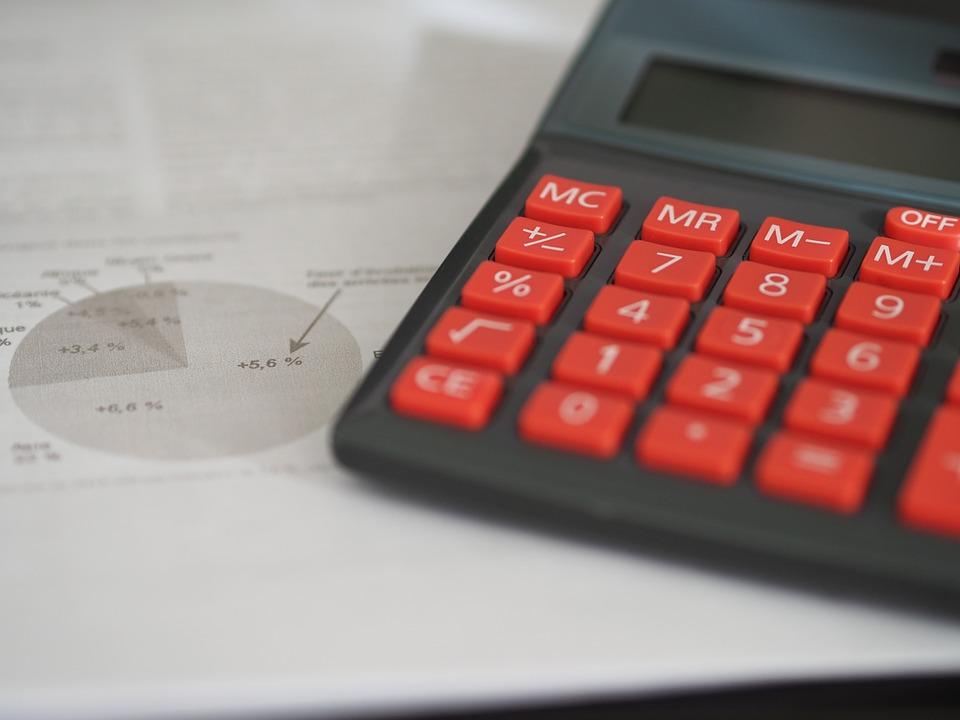 cena pojistných smluv