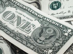 Poradíme vám, jak hospodařit s penězi