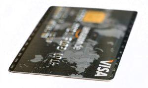 Jaké rozdíly mají debetní karty a kreditní karty?