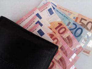 Spotřebitelské půjčky získáte nejenom online