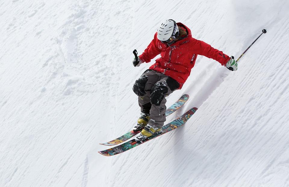 Pojištění na zimu může chránit nejenom při sportu