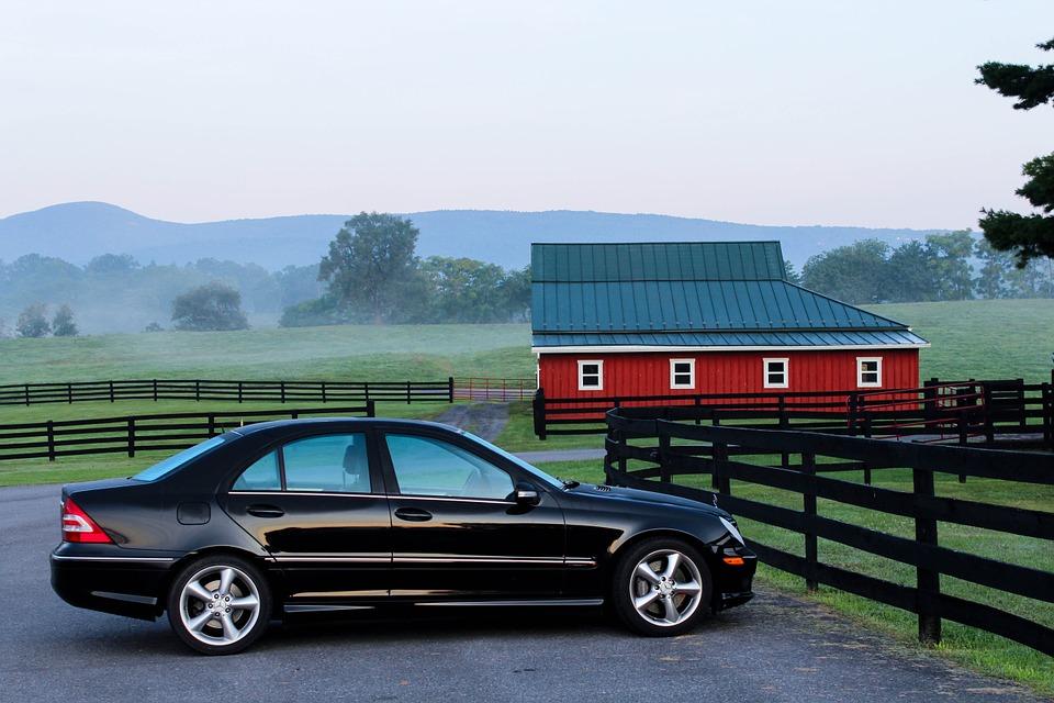Jako financování auta je u firem nejčastěji volen leasing