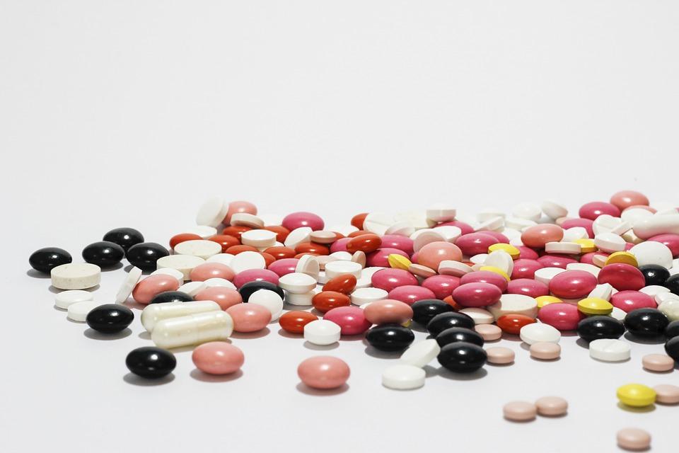 Při nemoci ppotřebujete nejenom léky, ale i lístek na peníze