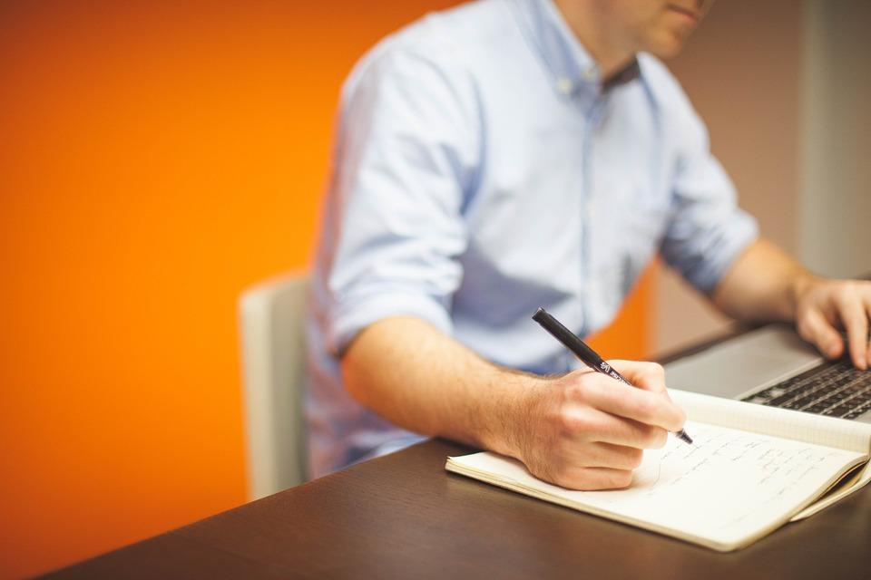 Pracovní smlouvy je vhodné uzavírat písemně